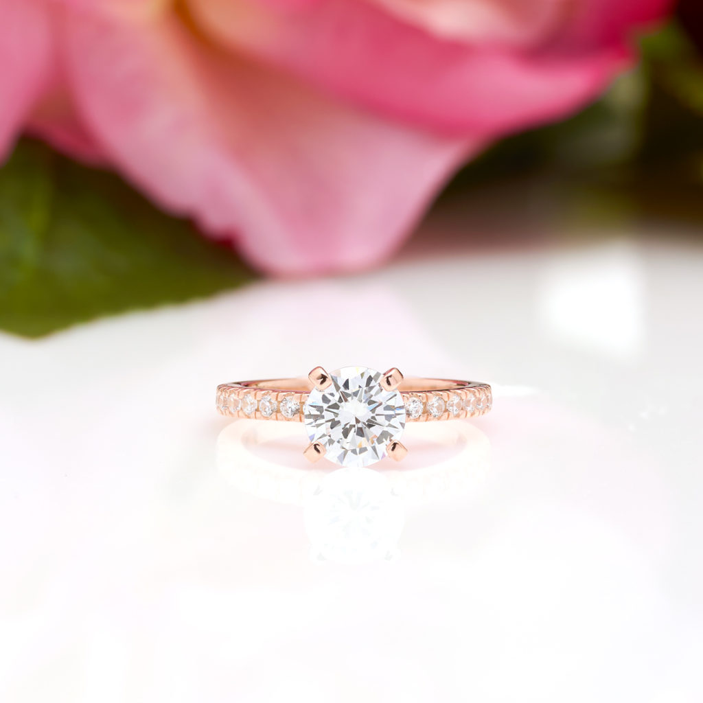 4 Prong Round Cut Engagement Ring