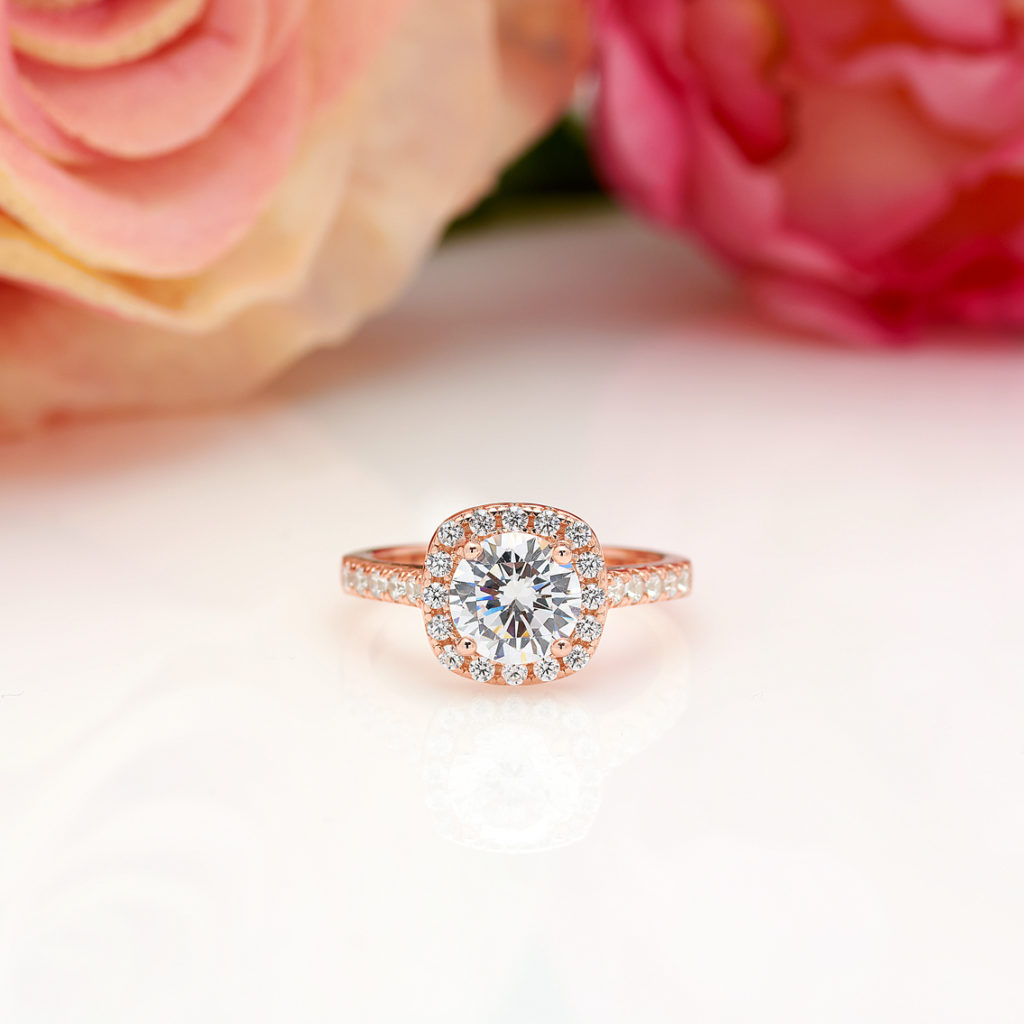 1.25 CT Halo Round Cut Engagement Ring in Rose Gold